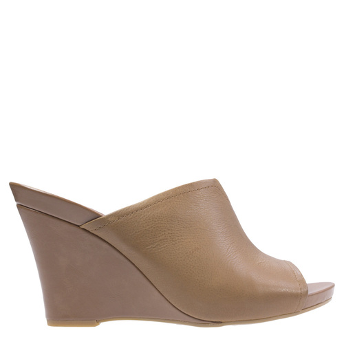 Betina [Colour: Saddle Tan] [Size: 10]