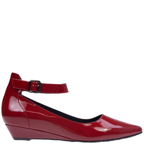 Loreal [Colour: Red Patent] [Size: 42]