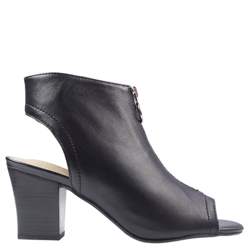 Olsen [Colour: Black] [Size: 11]
