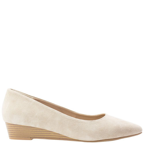 Lucy [Colour: Blush Suede] [Size: 10]